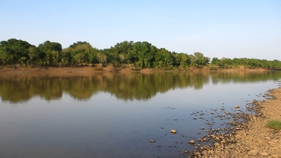 Omo River late 2011 the level has dropped since then-002